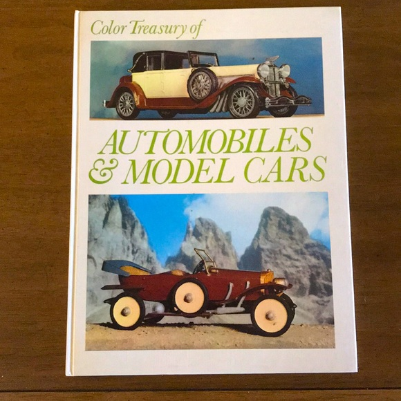 Vintage | photo book on vintage cars + models